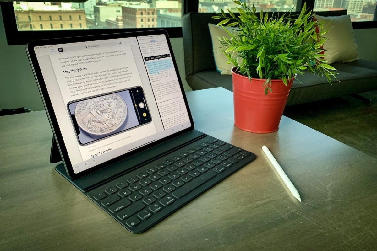 15 Apps and Accessories to Turn your iPad into a Laptop