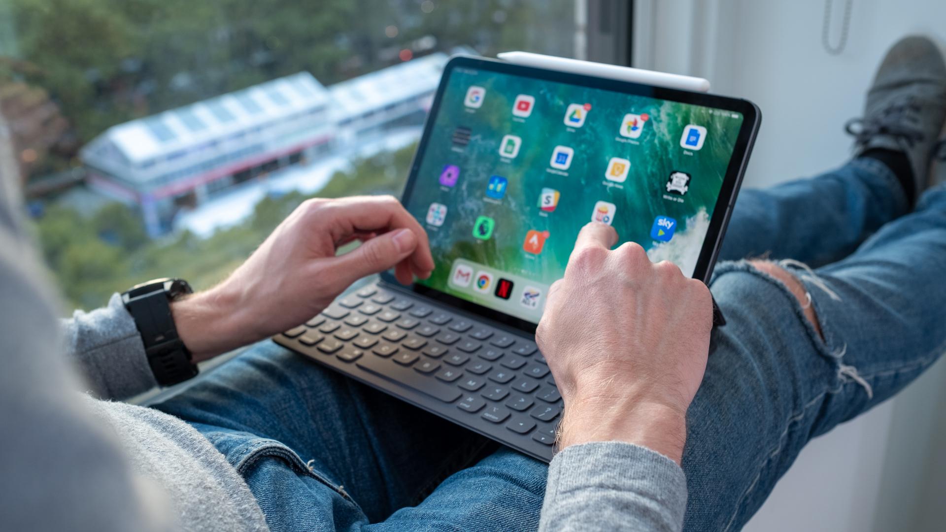 iPad Screen Resolution Display Size Information of All iPad Models